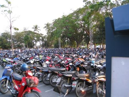 motorcycle-parking.jpg
