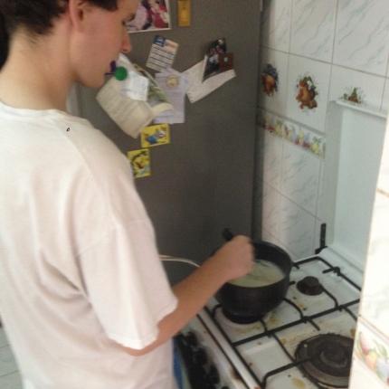 Making the banana pudding